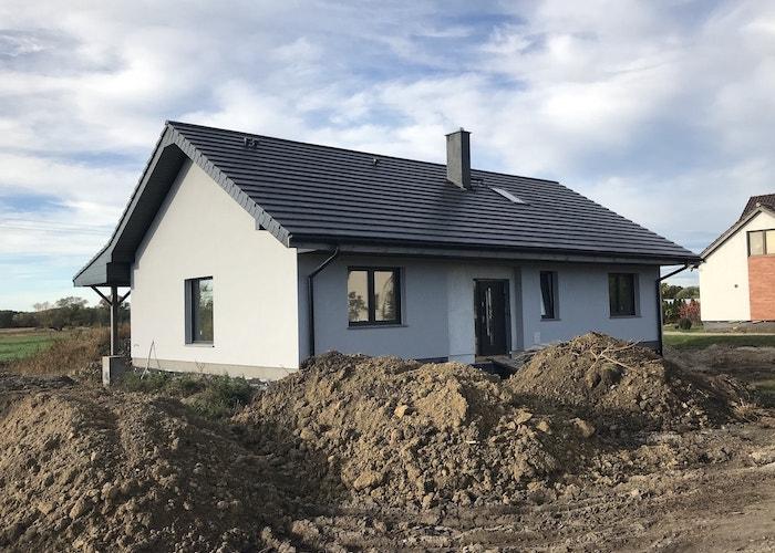 Dom jednorodzinny, wolnostojący – Borów