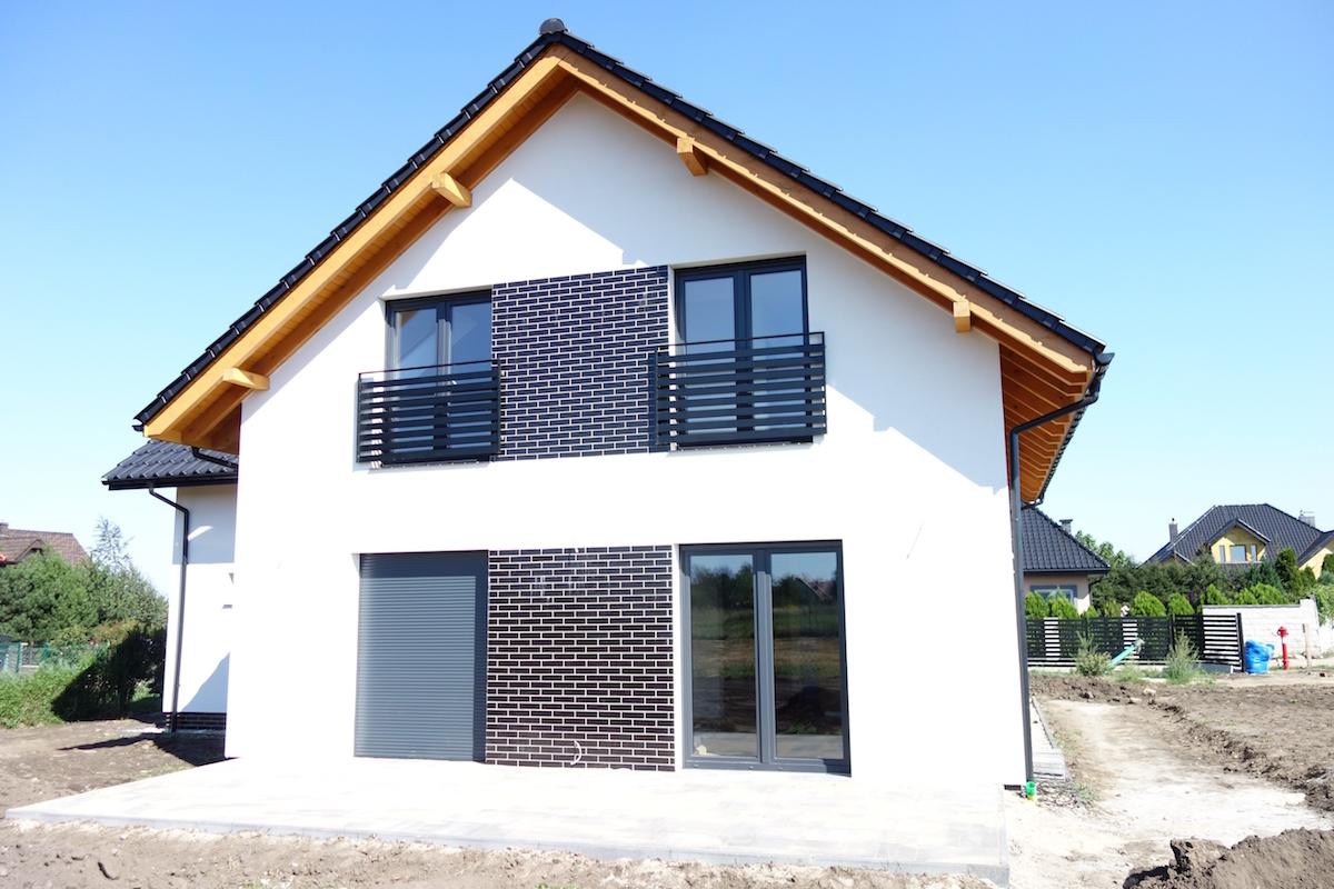 Dom jednorodzinny wolnostojący w Karwianach